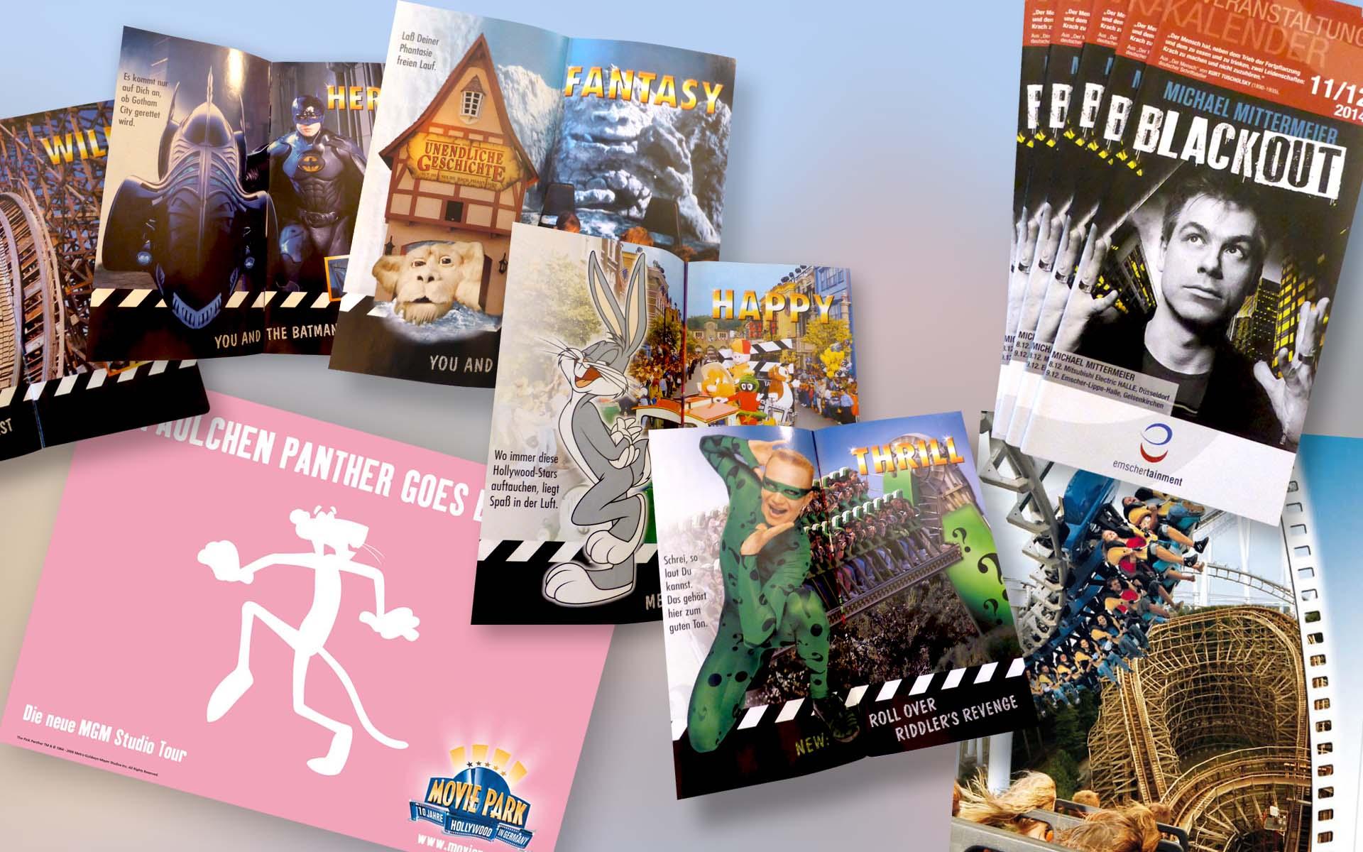 Beispiele von Printmedien, Broschüren und Flyer