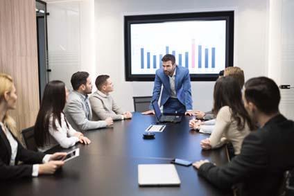 Das Marketingkonzept erstellen; Besprechung mit dem Marketingteam
